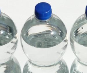 Plastic fles water